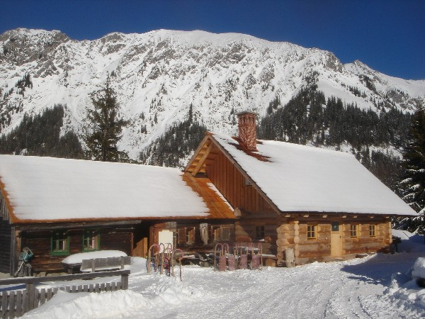 The Ebneralm - start of the sledging fun